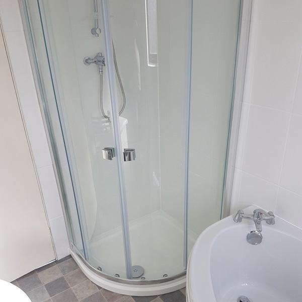 shower-square